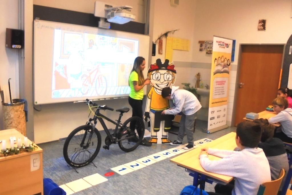 ukázka vybavení cyklisty